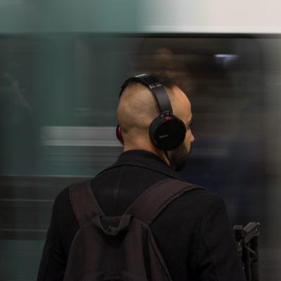 Undercover-Einsatz! 5 Gratis-Hörspiele mit verdeckten Ermittlern und Spionen
