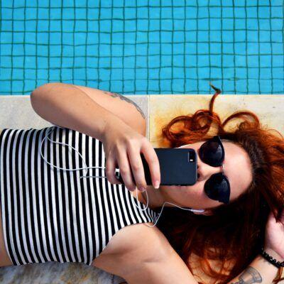 11 stundenlange Gratis-Hörbücher für deinen Sommerurlaub